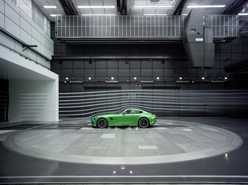 Mercedes-AMG GT R revealed – 577 hp and 699 Nm Image #512701