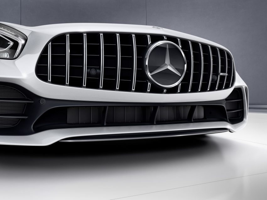 Mercedes-AMG GT R revealed – 577 hp and 699 Nm Image #512704