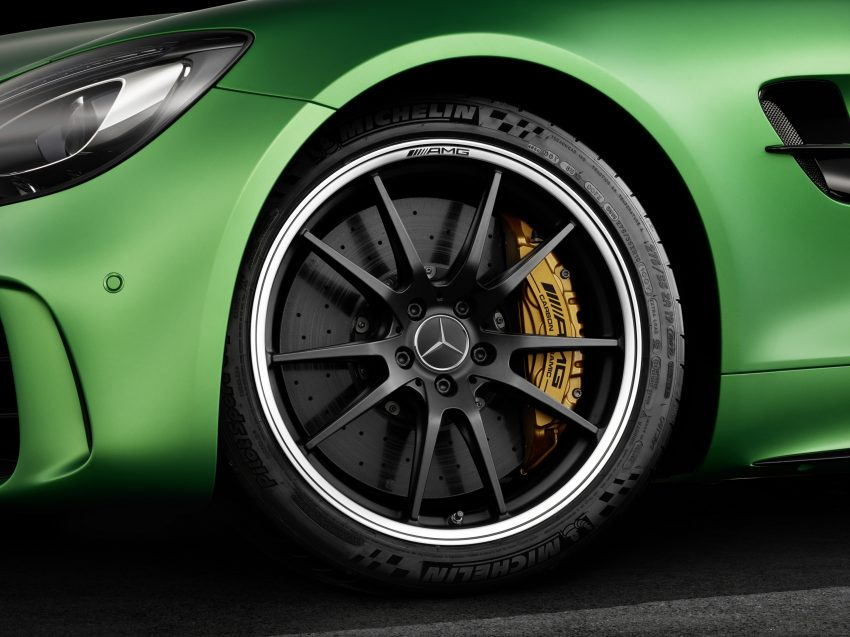 Mercedes-AMG GT R revealed – 577 hp and 699 Nm Image #512642