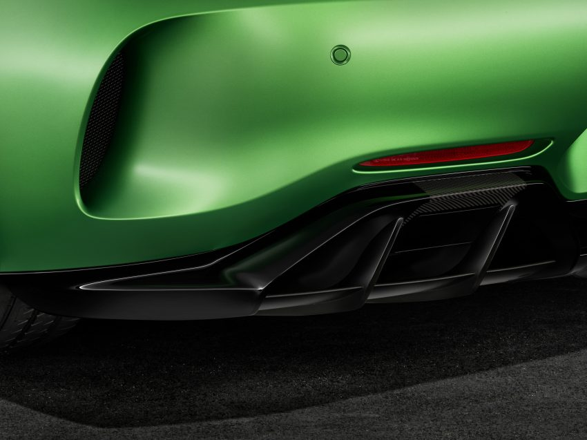 Mercedes-AMG GT R revealed – 577 hp and 699 Nm Image #512643
