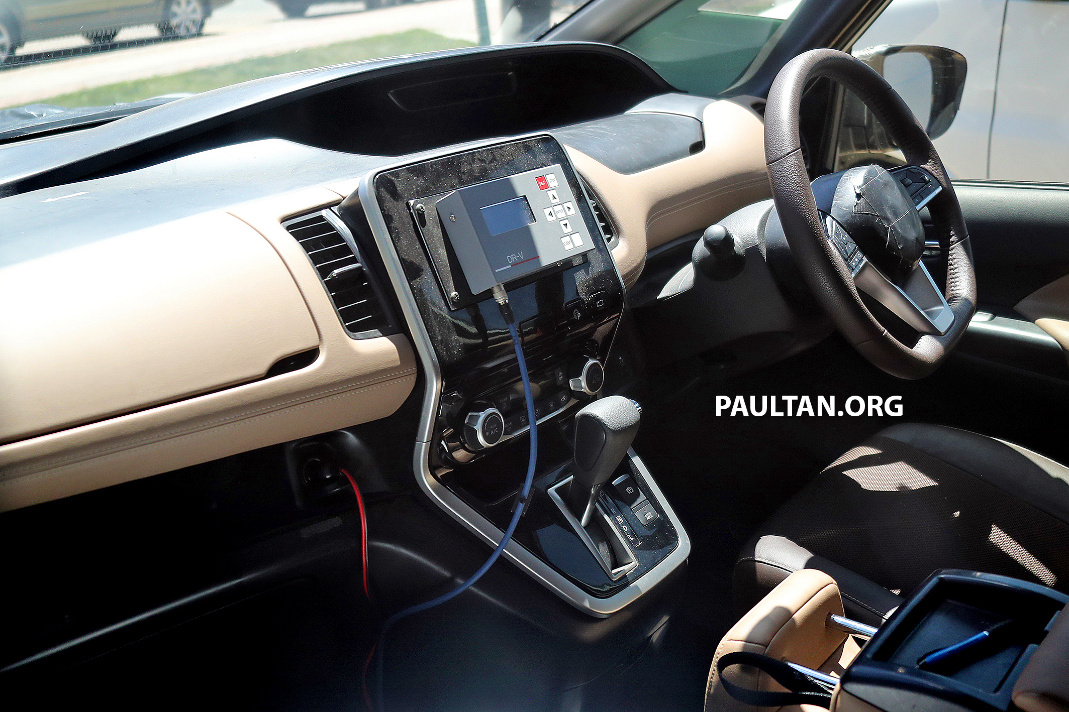 SPIED: Next-gen Nissan Serena - new interior revealed