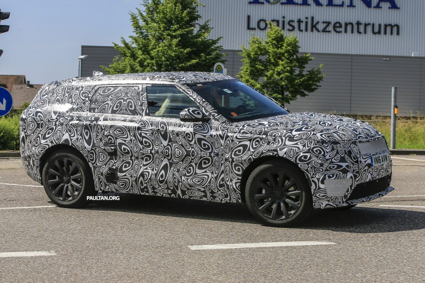 SPIED: L560 Range Rover Sport Coupe testing; alloy platform-based sister model to the Jaguar F-Pace Image #507552