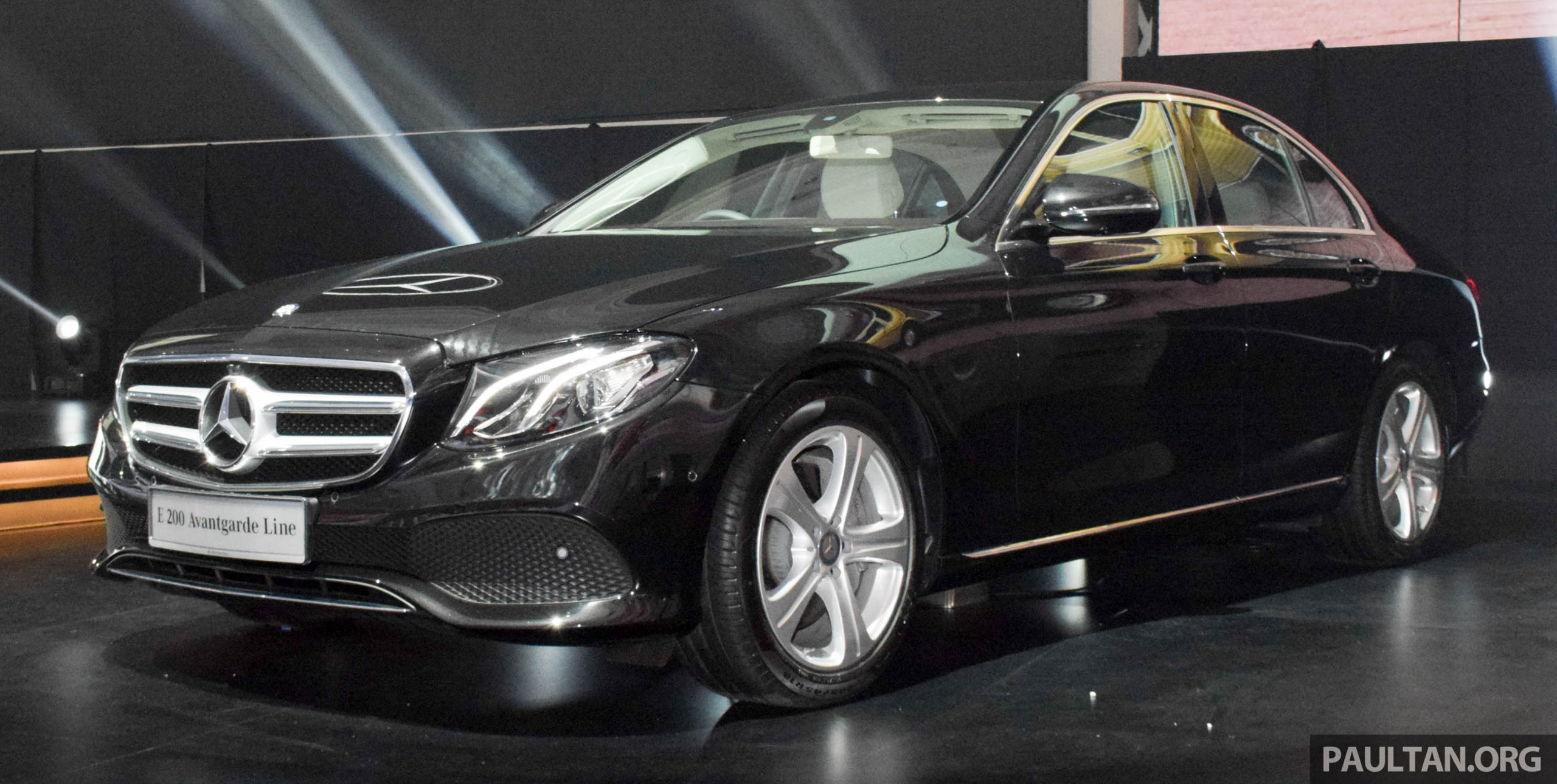 w213 mercedes benz e200 avantgarde first batch of units priced at rm386k modified equipment list. Black Bedroom Furniture Sets. Home Design Ideas