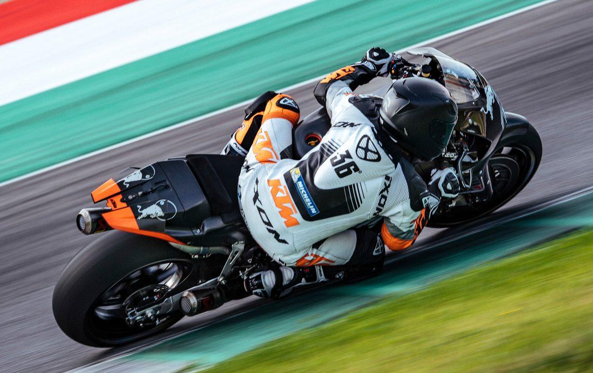 2016 KTM RC16 MotoGP racebike testing in Mugello Image 516644
