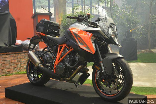 2016 KTM Super Duke GT Launch -3