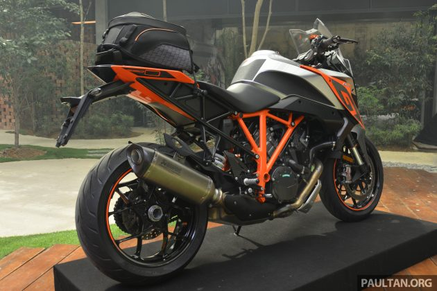 2016 KTM Super Duke GT Launch -9