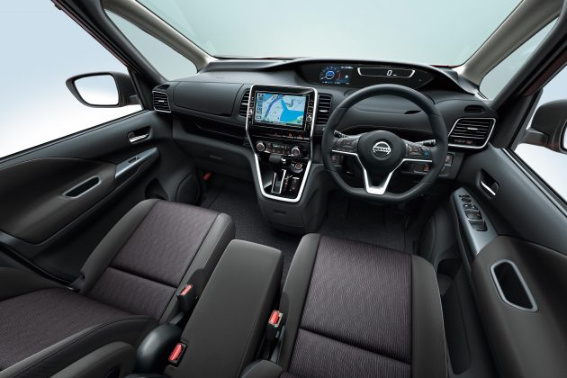 2016-Nissan-Serena-5_BM