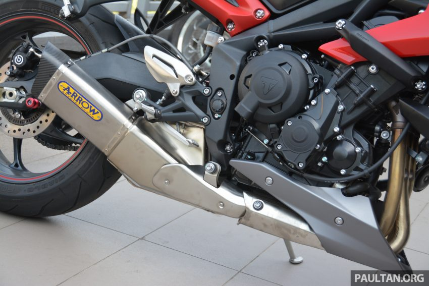 Long-term review: 2016 Triumph Street Triple 675R – delivery, running-in, first service and accessories Image #515417