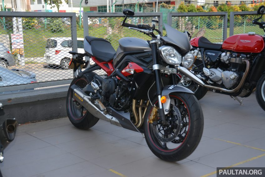 Long-term review: 2016 Triumph Street Triple 675R – delivery, running-in, first service and accessories Image #515428
