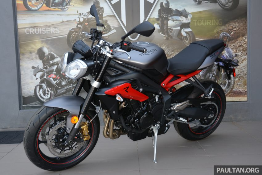 Long-term review: 2016 Triumph Street Triple 675R – delivery, running-in, first service and accessories Image #515430