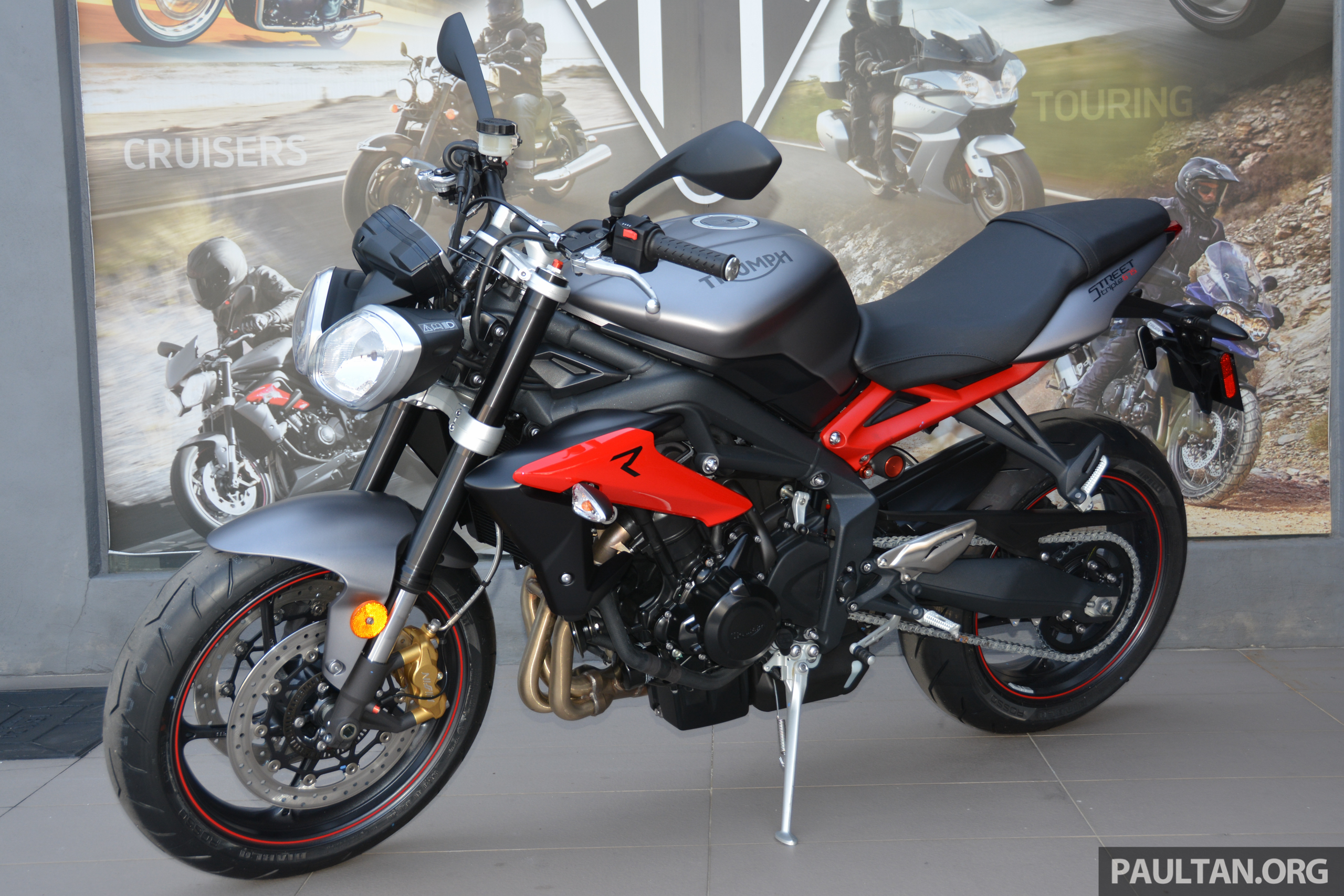long term review 2016 triumph street triple 675r delivery running in first service and. Black Bedroom Furniture Sets. Home Design Ideas