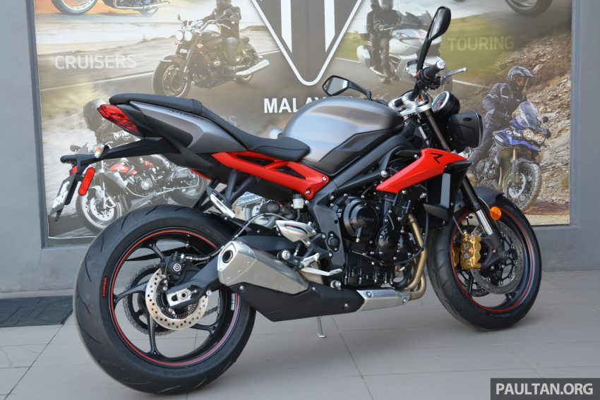 Long-term review: 2016 Triumph Street Triple 675R – delivery, running-in, first service and accessories Image #515439