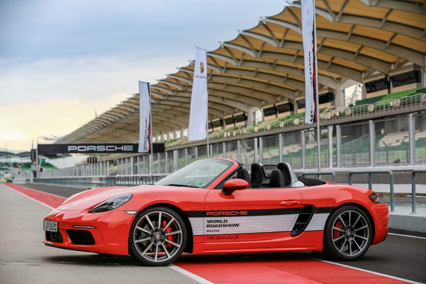 Porsche 718 Boxster previewed in Malaysia at Sepang Image #520235