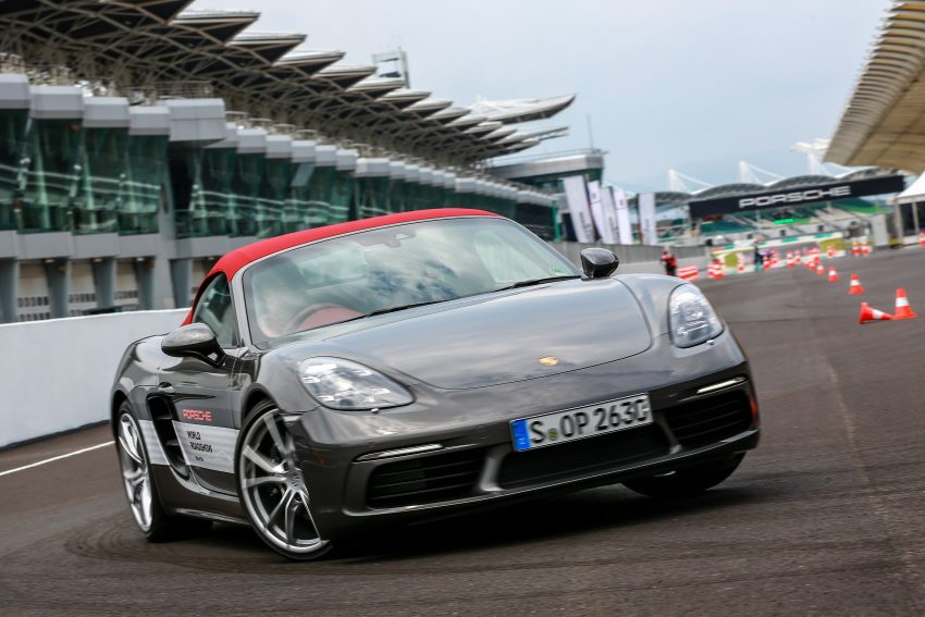 Porsche 718 Boxster previewed in Malaysia at Sepang Image #520240
