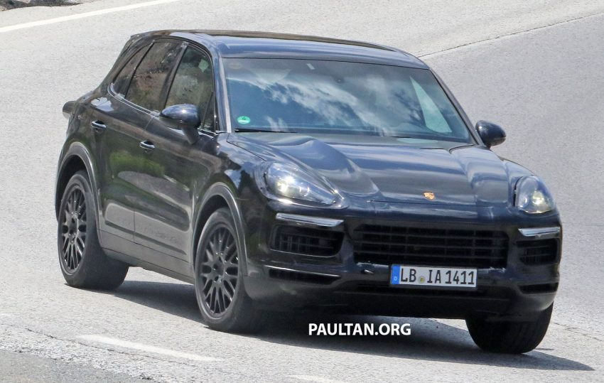 2018 Porsche Cayenne spotted hot weather testing Image #517405