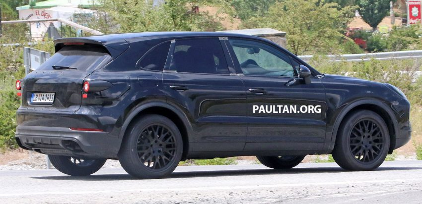 2018 Porsche Cayenne spotted hot weather testing Image #517428