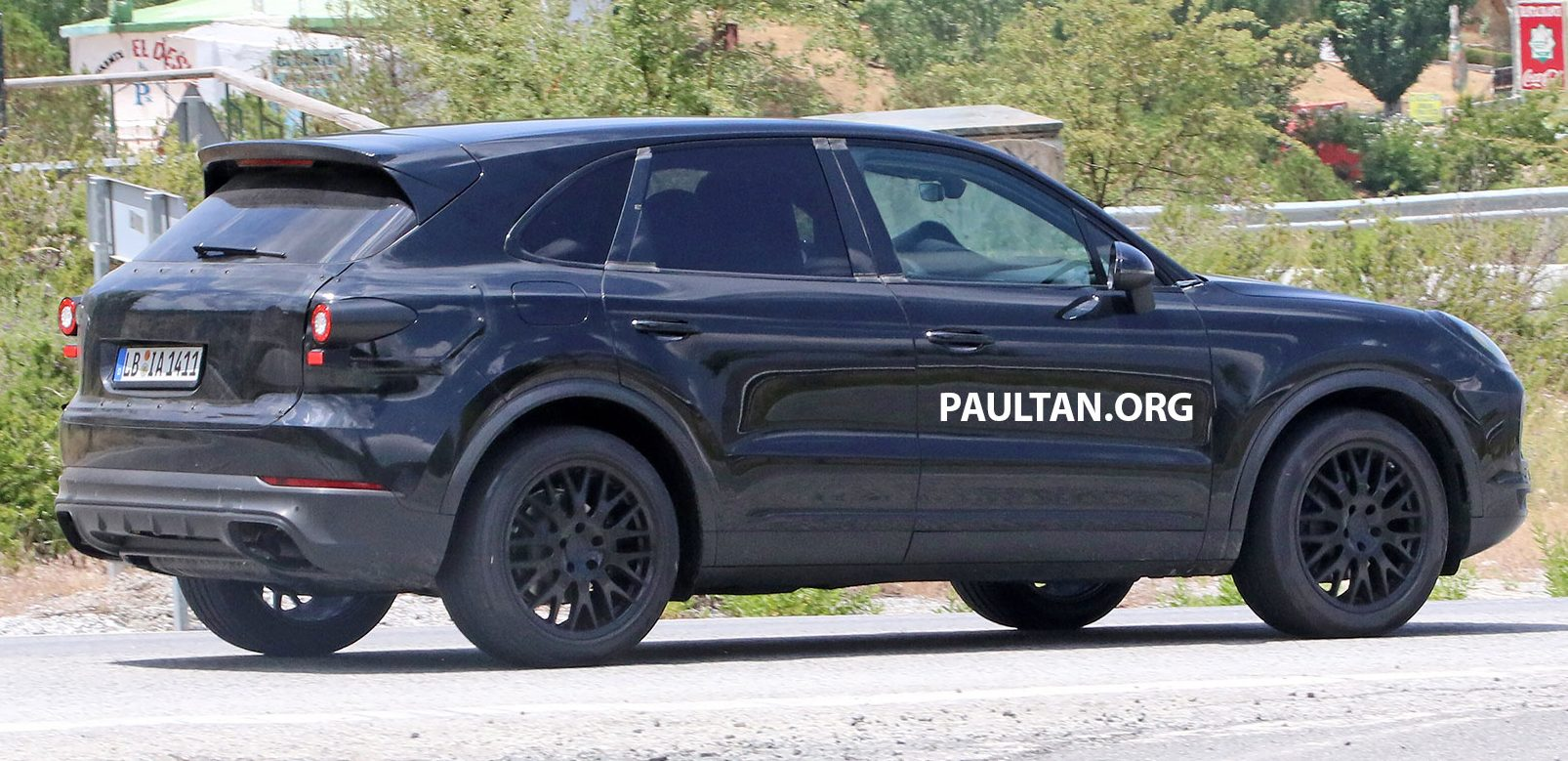 2018 Porsche Cayenne Spotted Hot Weather Testing Image 517428