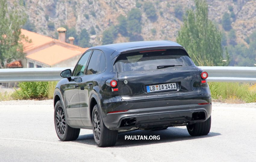 2018 Porsche Cayenne spotted hot weather testing Image #517461
