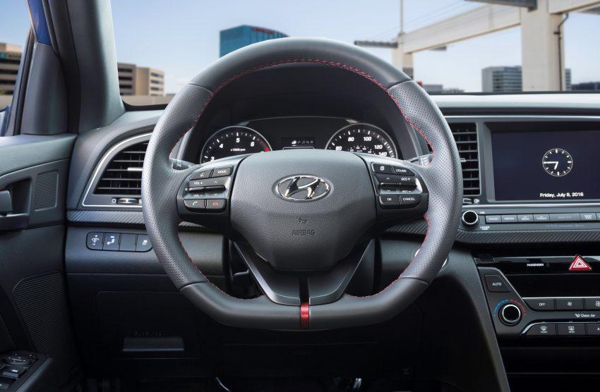 Hyundai Elantra Sport makes its American debut Image #517994