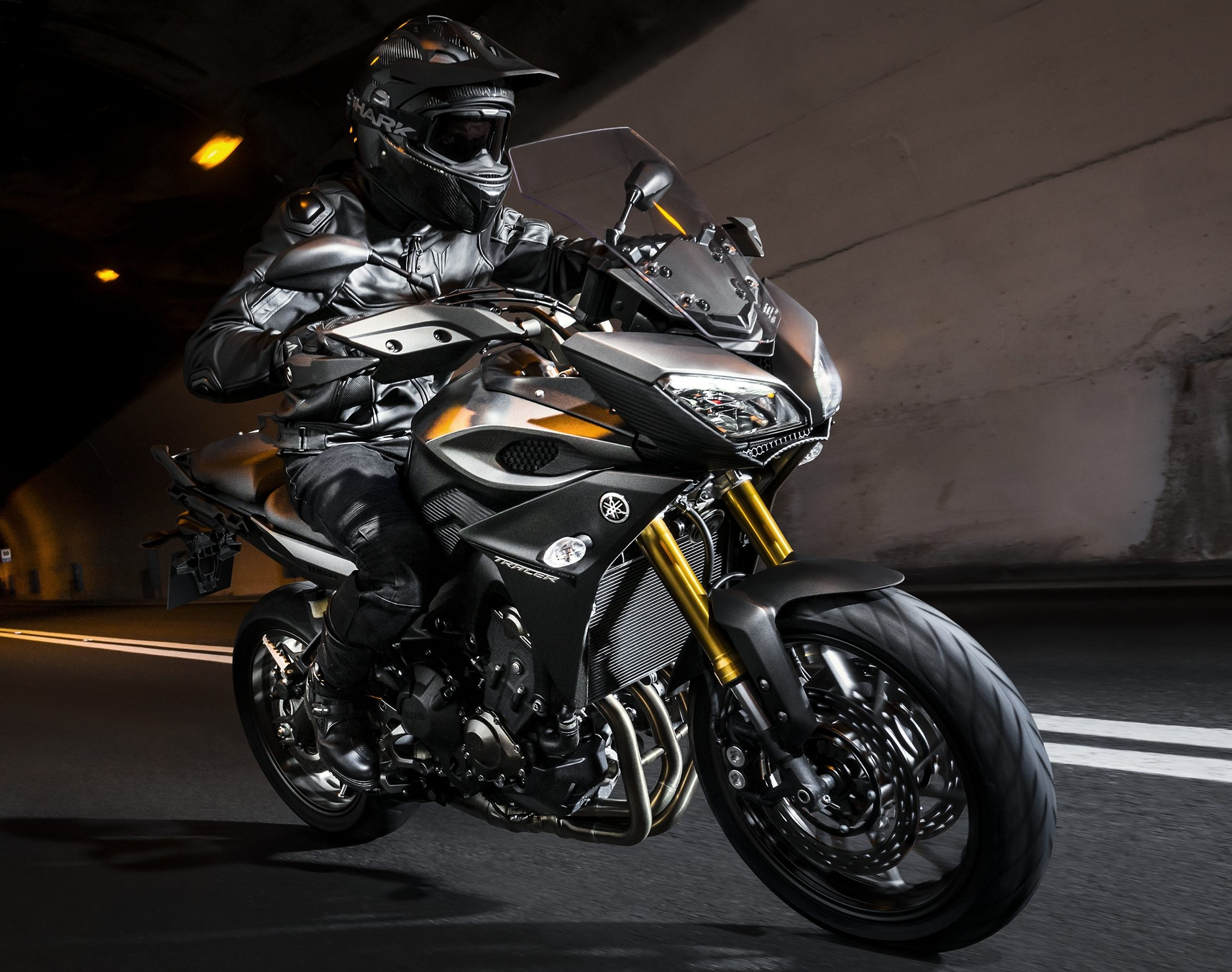 2016 yamaha mt 09 tracer in malaysia rm59 900. Black Bedroom Furniture Sets. Home Design Ideas