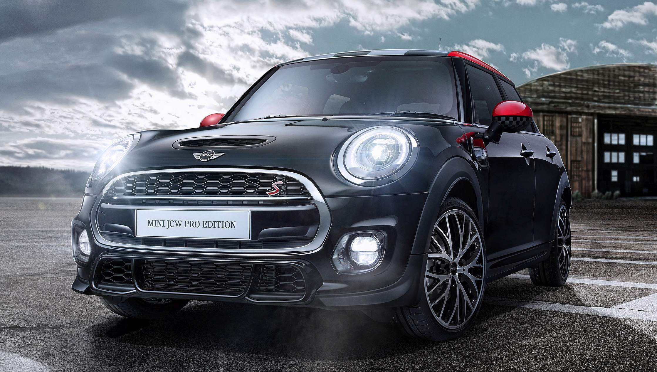 mini john cooper works pro edition launched limited run of 20 units exclusive to malaysia rm256k. Black Bedroom Furniture Sets. Home Design Ideas
