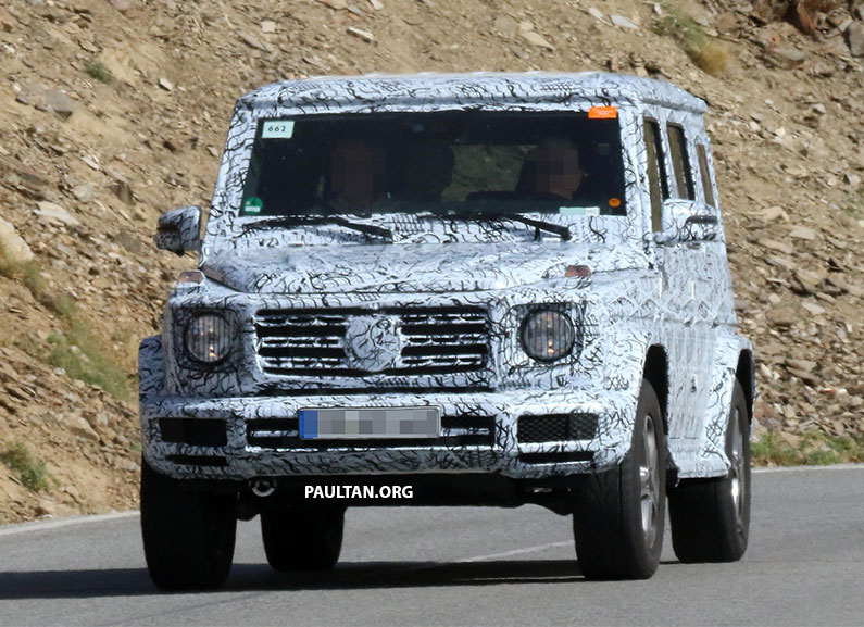 SPIED: Next-generation Mercedes-Benz G-Class – similar looks, but set for 400 kg weight reduction Image #526477