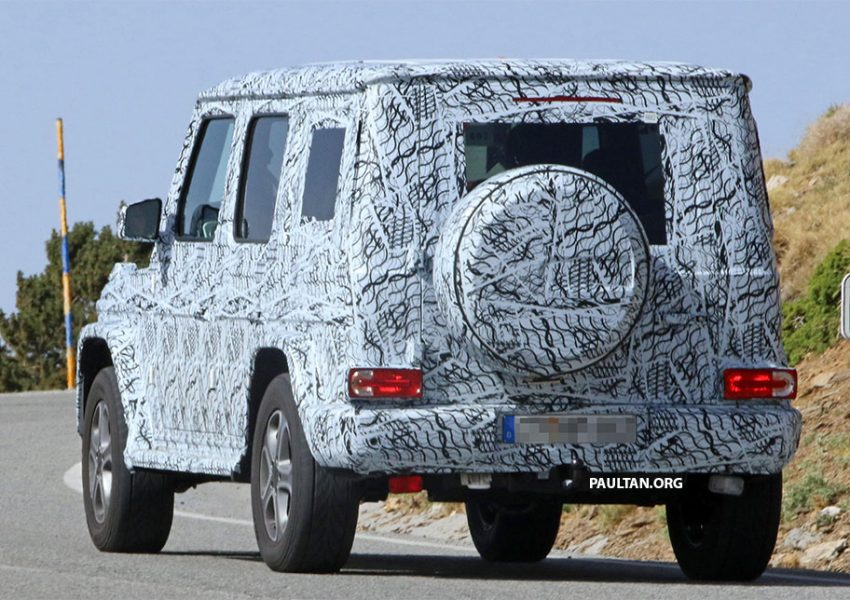 SPIED: Next-generation Mercedes-Benz G-Class – similar looks, but set for 400 kg weight reduction Image #526486