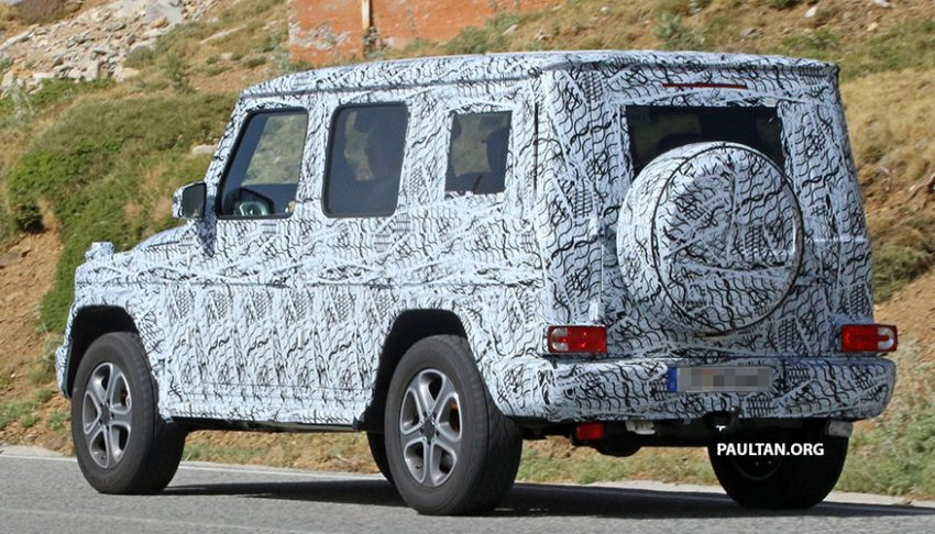 SPIED: Next-generation Mercedes-Benz G-Class – similar looks, but set for 400 kg weight reduction Image #526484