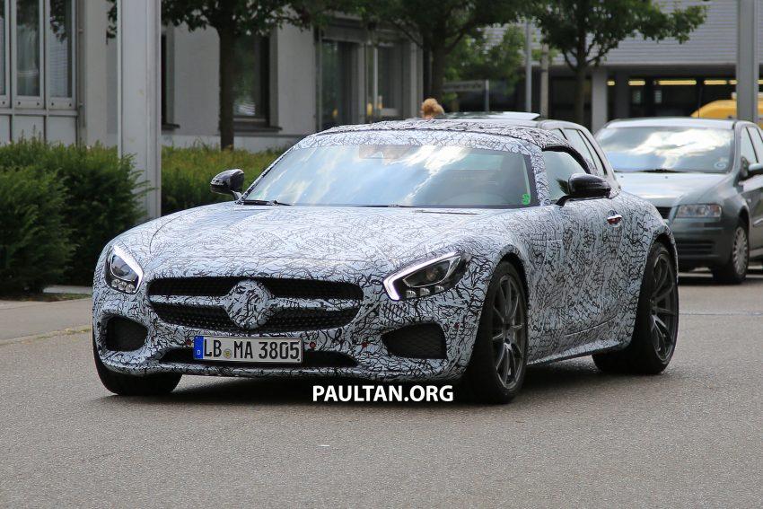 SPYSHOTS: Mercedes-AMG GT roadster spotted Image #526041