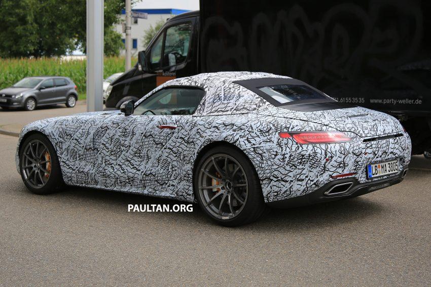 SPYSHOTS: Mercedes-AMG GT roadster spotted Image #526047