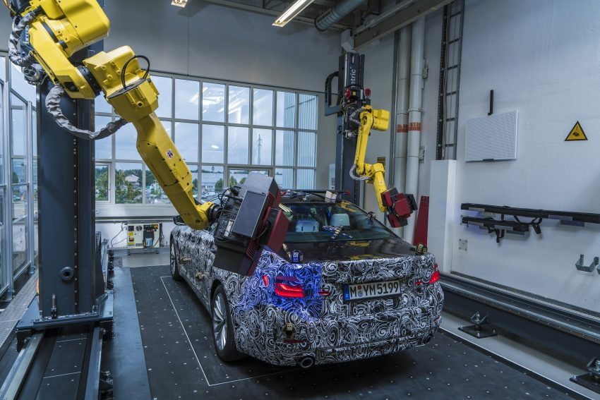 BMW reveals industry-first, fully-automated optical measuring cell – first use for the next-gen 5 Series Image #527159