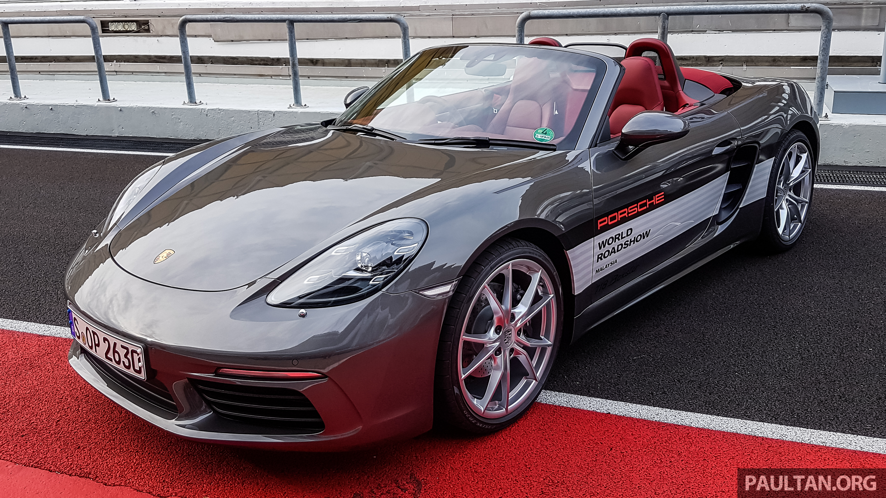 porsche 718 boxster previewed in malaysia at sepang. Black Bedroom Furniture Sets. Home Design Ideas