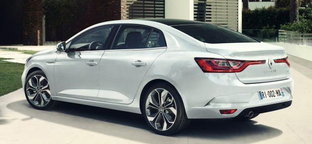 Renault-Megane-Sedan-Fluence-16