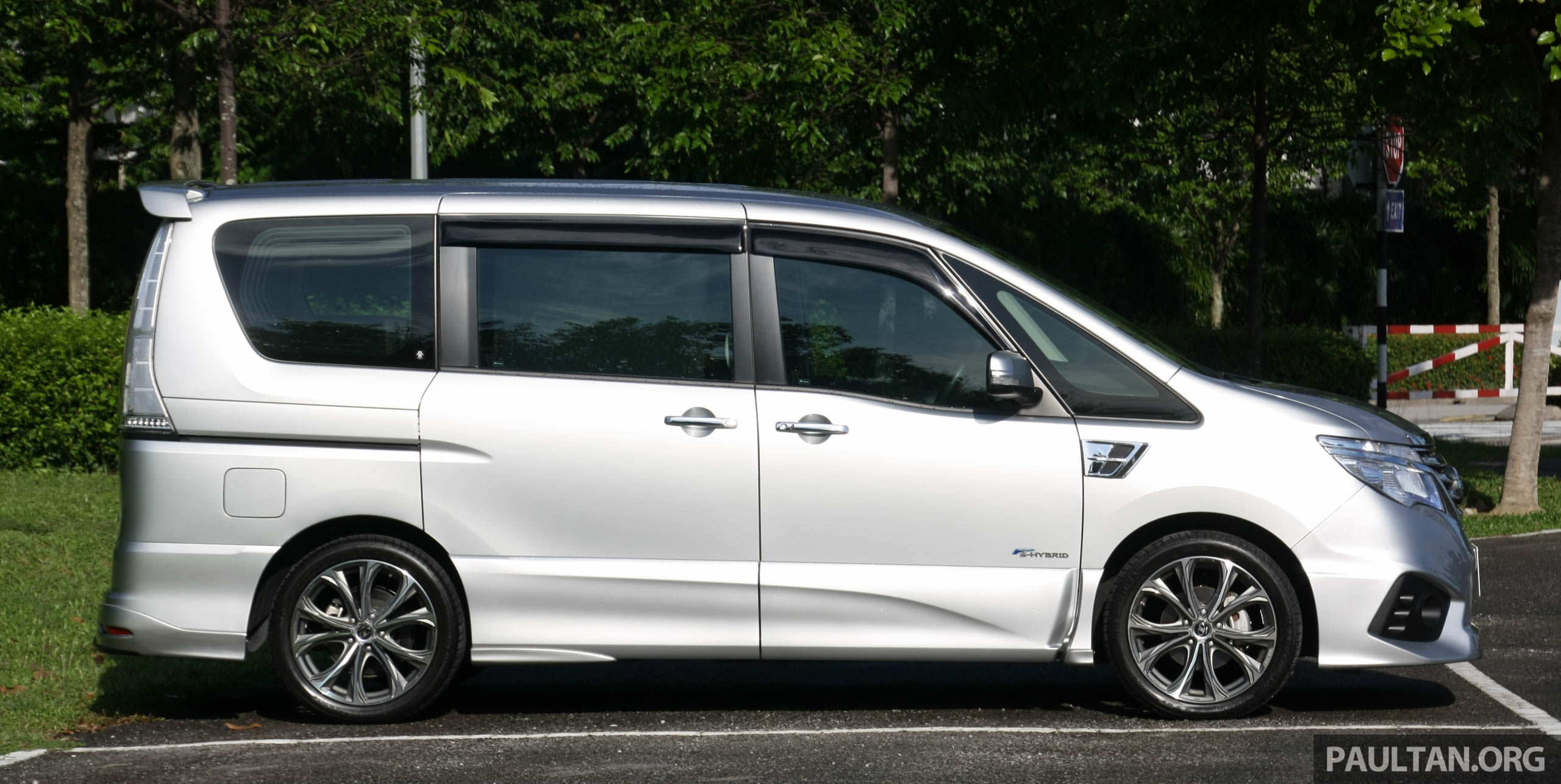 Gallery Nissan Serena S Hybrid Tuned By Impul Image 525465