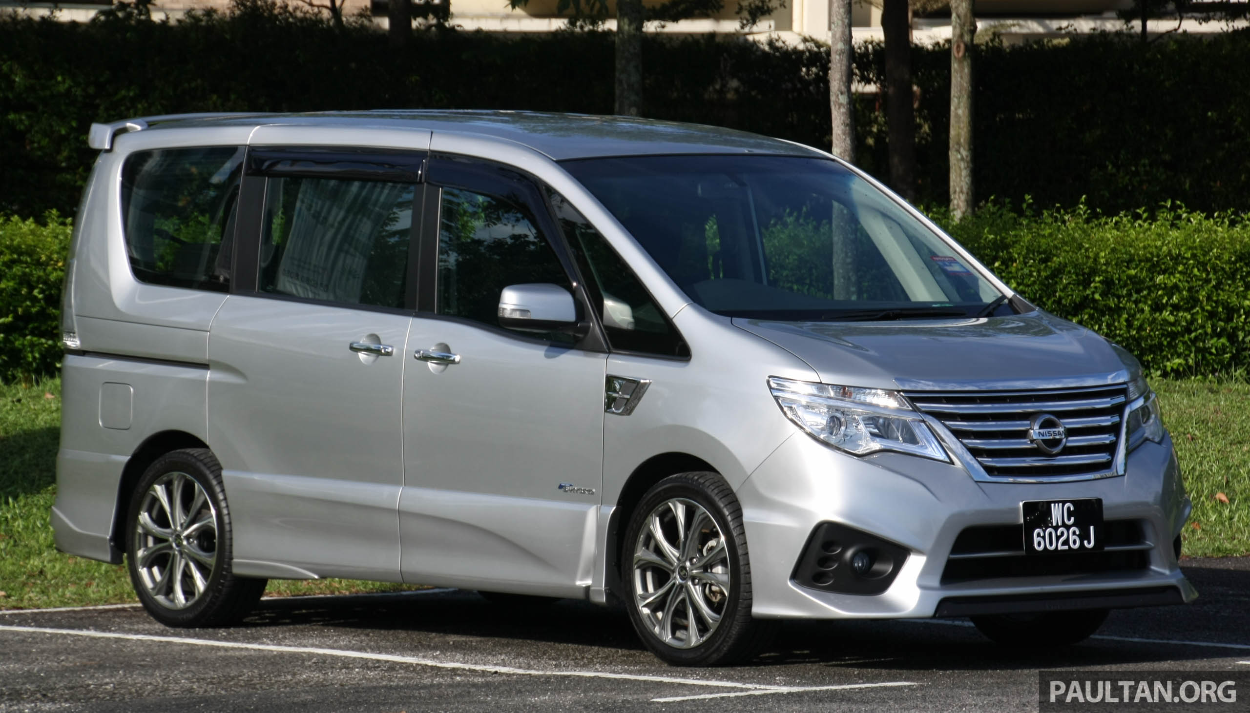 gallery nissan serena s hybrid tuned by impul. Black Bedroom Furniture Sets. Home Design Ideas