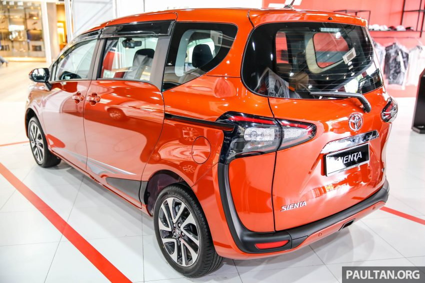 GALERI: Toyota Sienta 2016 di Mitsui Outlet Park Image #516830