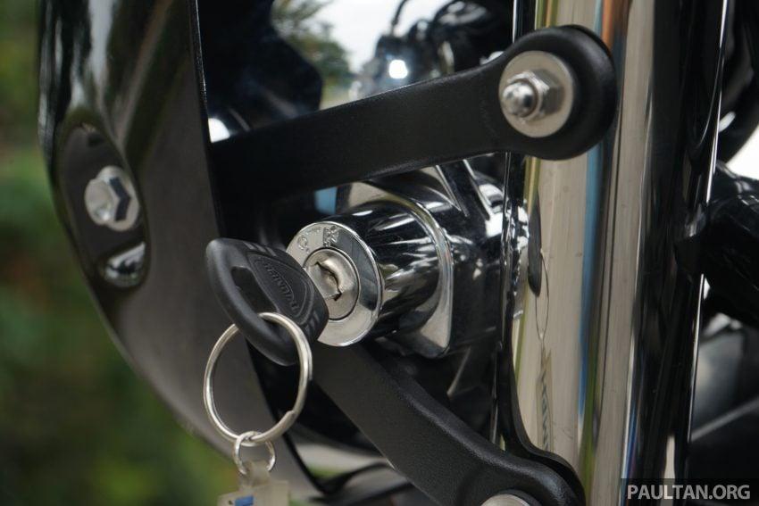 REVIEW: 2016 Triumph Thruxton R – the ultimate retro Image #519408