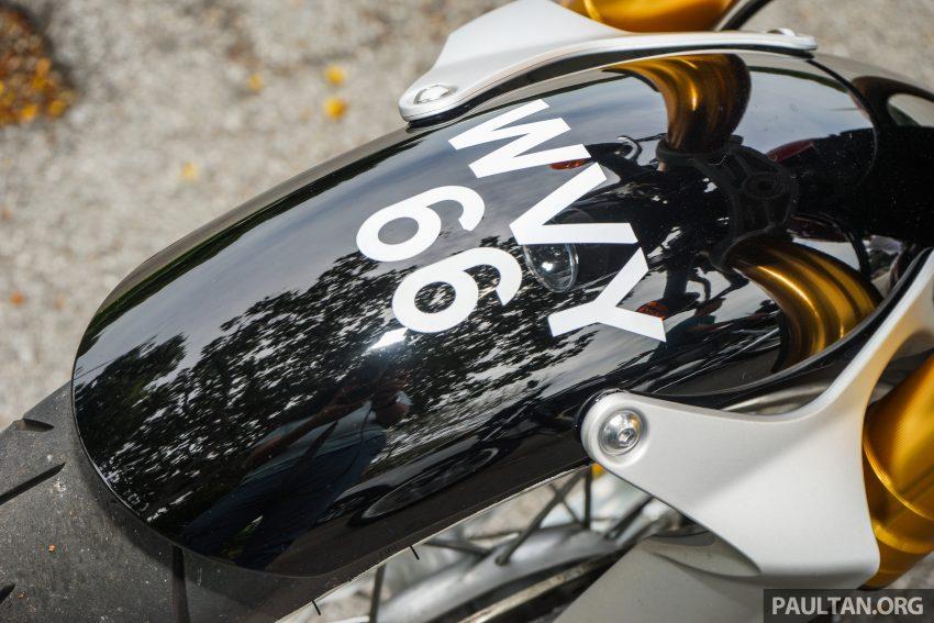 REVIEW: 2016 Triumph Thruxton R – the ultimate retro Image #519420