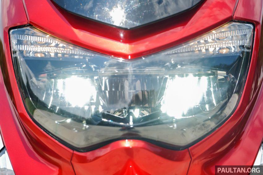 REVIEW: 2016 Yamaha NMax scooter – PCX150 killer? Image #518035