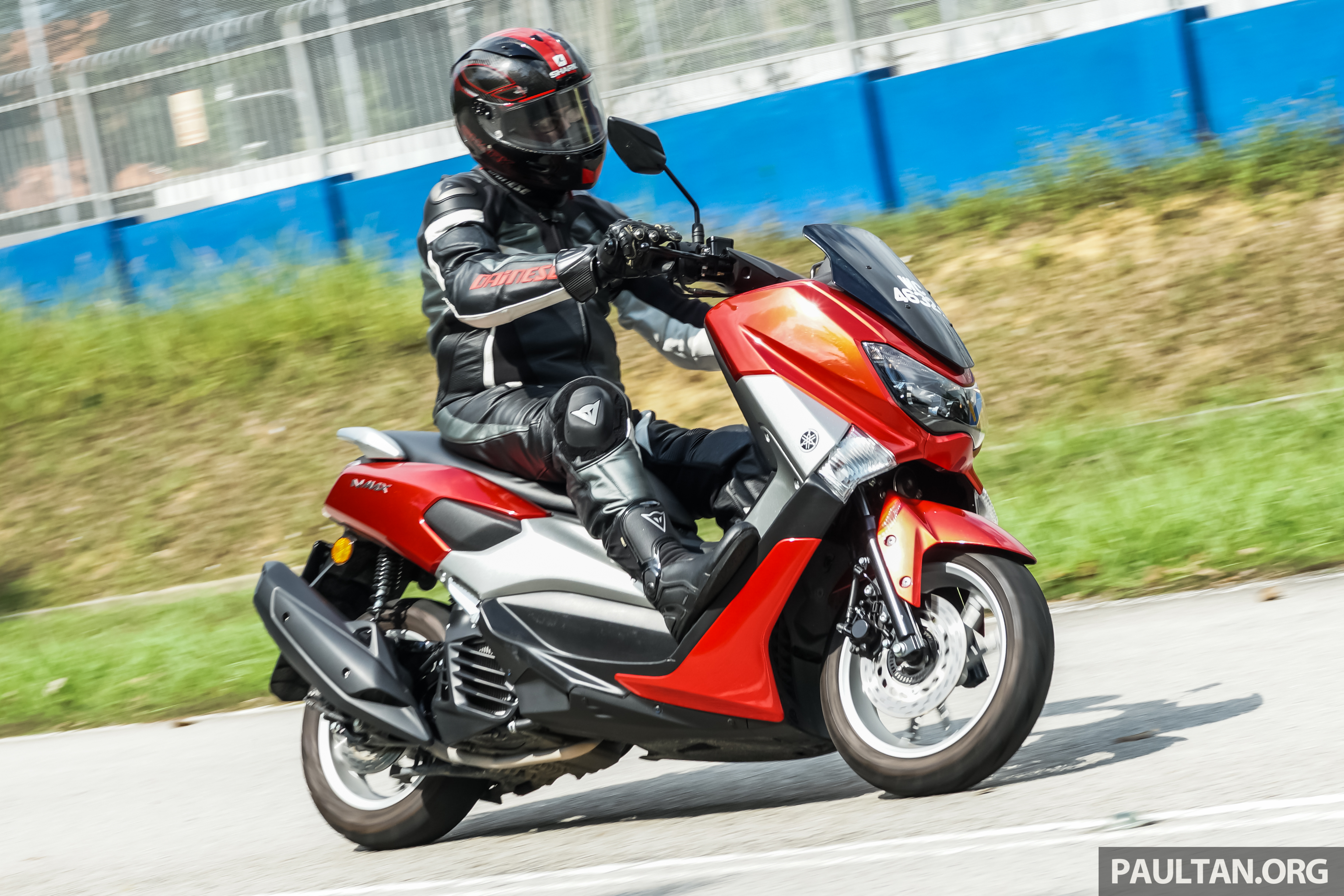 REVIEW 2016 Yamaha NMax Scooter PCX150 Killer Image 518083