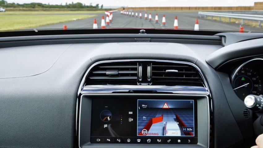 Jaguar Land Rover rolling out 100-car fleet over next four years to develop connectivity, autonomous tech Image #518401