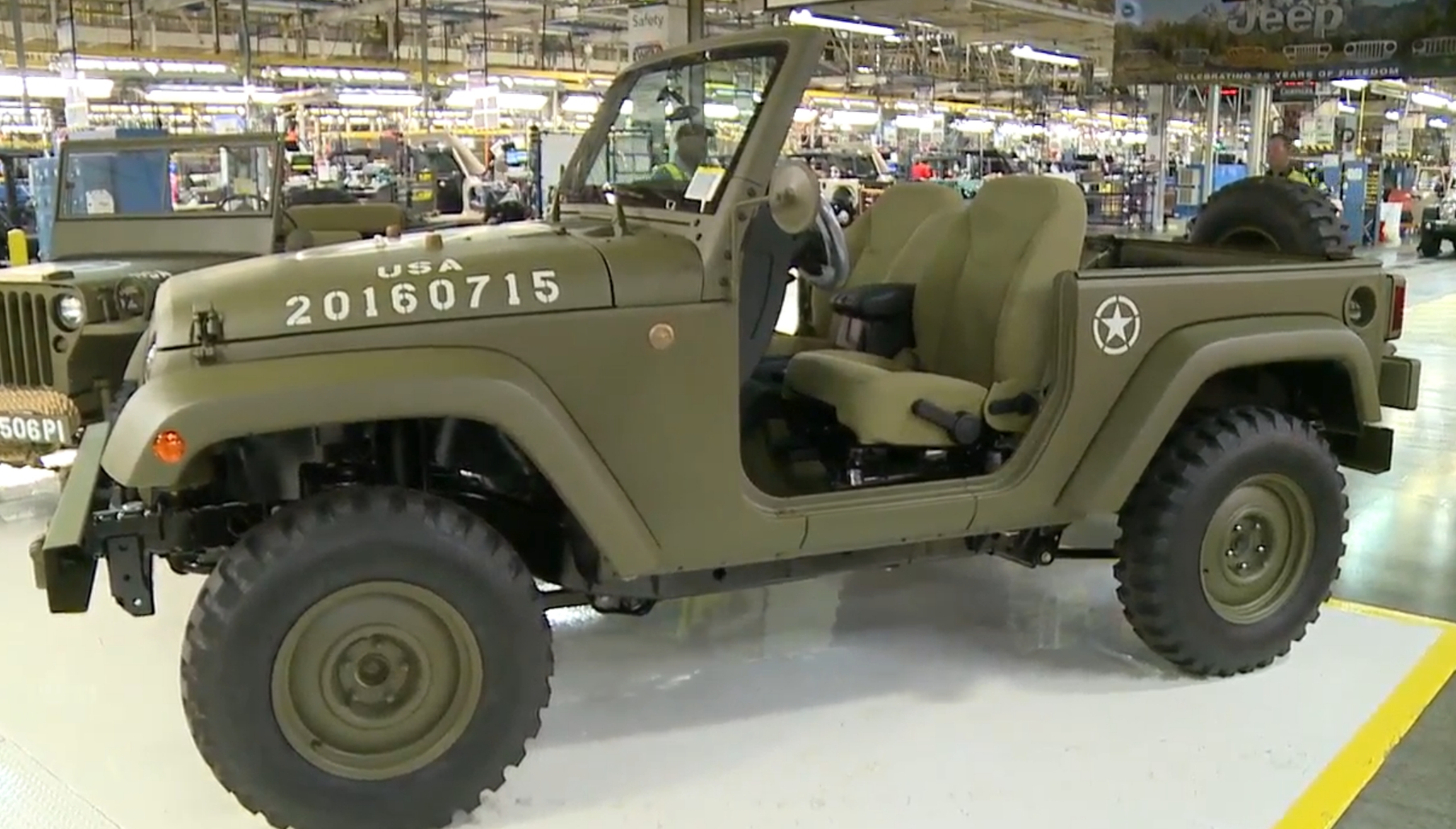jeep wrangler 75th salute homage to the willys mb. Black Bedroom Furniture Sets. Home Design Ideas
