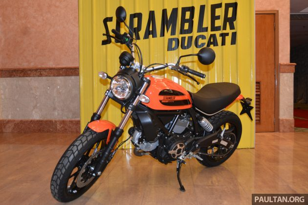 2016 Ducati SCrambler Sixty2 -12
