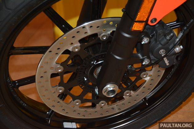 2016 Ducati SCrambler Sixty2 -14