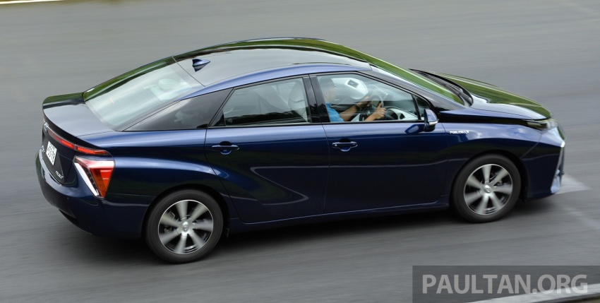 Toyota aims to sell 30k fuel cell cars per year by 2020 Image #542021