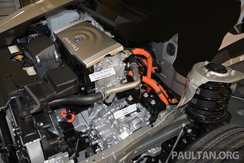 Toyota aims to sell 30k fuel cell cars per year by 2020 Image #542031