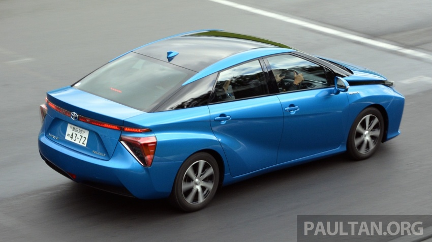 Toyota aims to sell 30k fuel cell cars per year by 2020 Image #542011