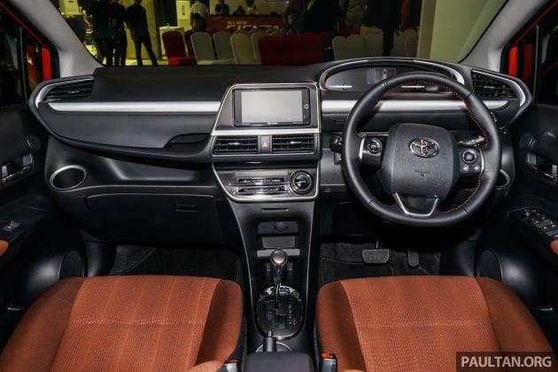 2016 Toyota Sienta 20