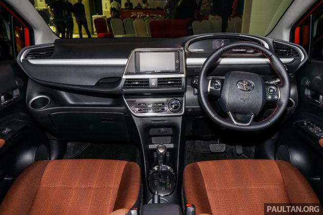 toyota sienta mpv launched in malaysia fr rm93k rh paultan org toyota sienta owners manual toyota sienna user's manual