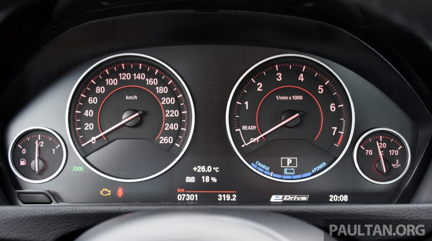 DRIVEN: BMW 330e iPerformance – the coming of age Image #535037